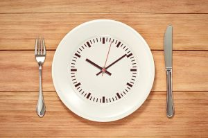 empty-plate-intermittent-fasting